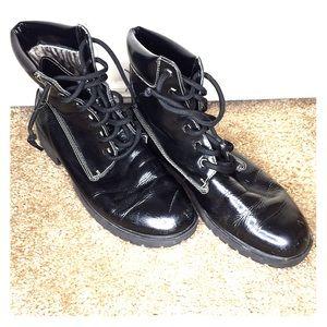 Women's 9.5 timerland boots